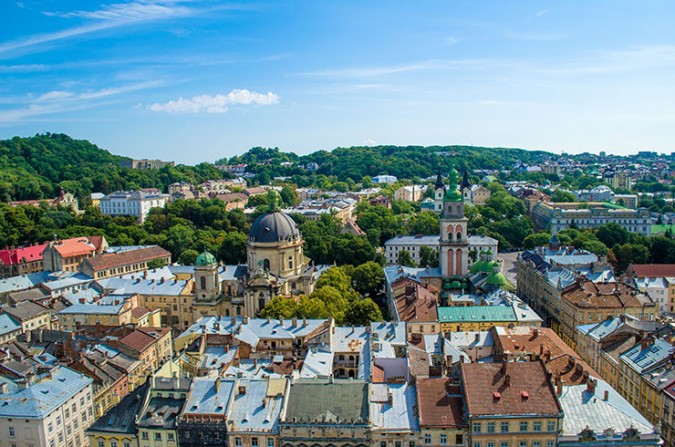 Visa free travel to Georgians and Ukrainians